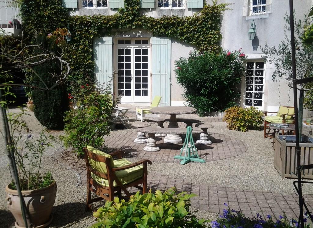 Chambre d'Hôtes à Civray (Vienne) - Le Passé Simple